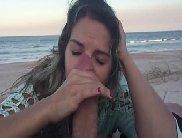 Casal amador fazendo sexo gostoso na praia