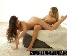 Mulheres fazendo sexo lésbico do mais gostoso