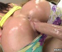 Sex porno gostosa quicando muito em cima do pau
