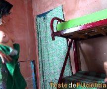 www.brasileirinhas mulher da favela em sexo na beliche