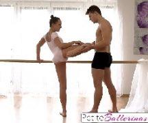 Porno novinha gostosa bailarina no sexo