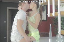 Foda sexo com a ninfetinha dando para o cara