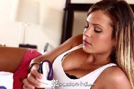 Sampa porno gata tirando a lingerie para o sexo
