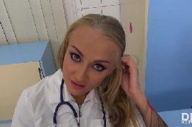 Aula de boquete com a medica chupando o paciente