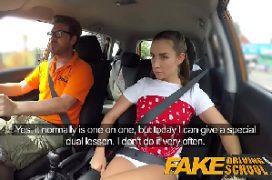 Camera escondida xvideos gata em transa dentro do carro