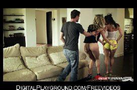 Novinhas instagram na suruba na sala de casa com o macho