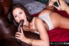 Vídeos eroticos da namorada com a rola preta a comendo